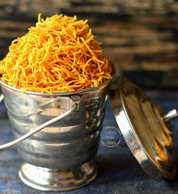 Omapodi   Karapoosa   Diwali Special Recipes