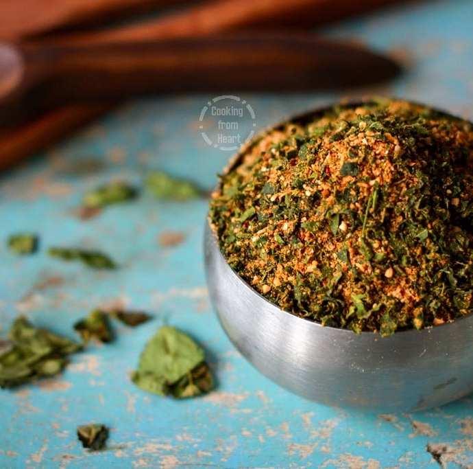Murungai Keerai Podi | Moringa Leaves Chutney Powder