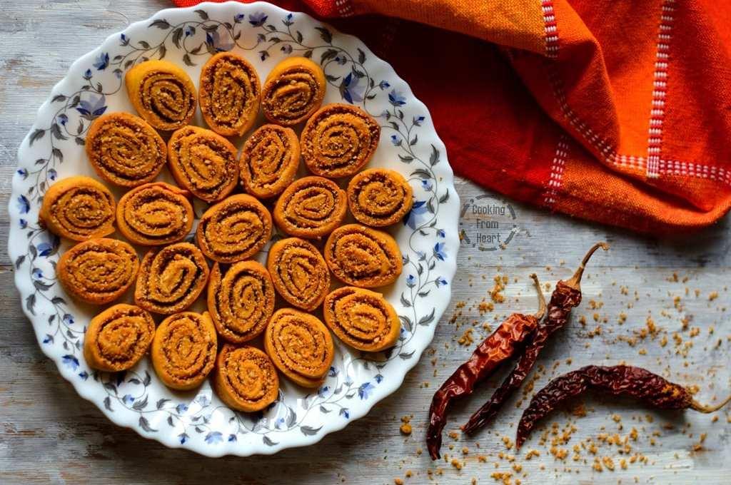 Baked Bhakarwadi | Low Calorie Bhakarwadi