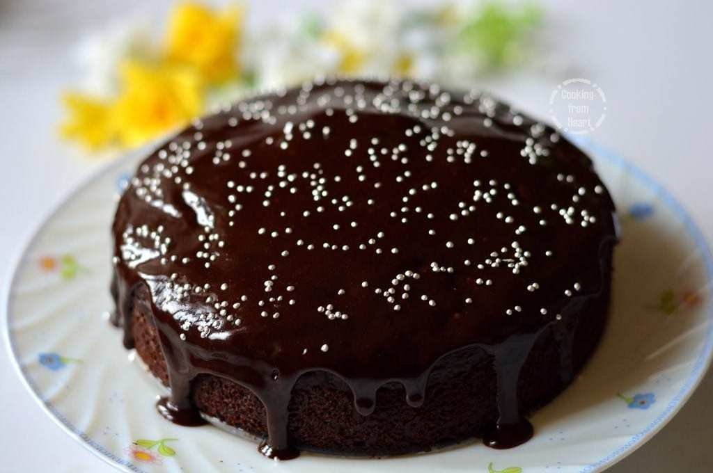 Eggless Chocolate Beetroot Cake with Cocoa Ganache