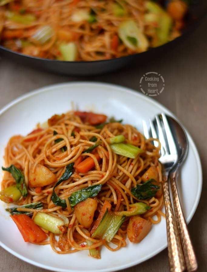 Vegetable Mamak Mee Goreng | Malaysian Noodles