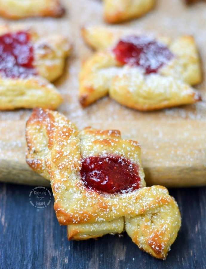 Strawberry Danish Pastry | Eggless Danish Pastry