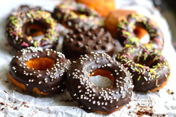 Easy eggless donuts recipe