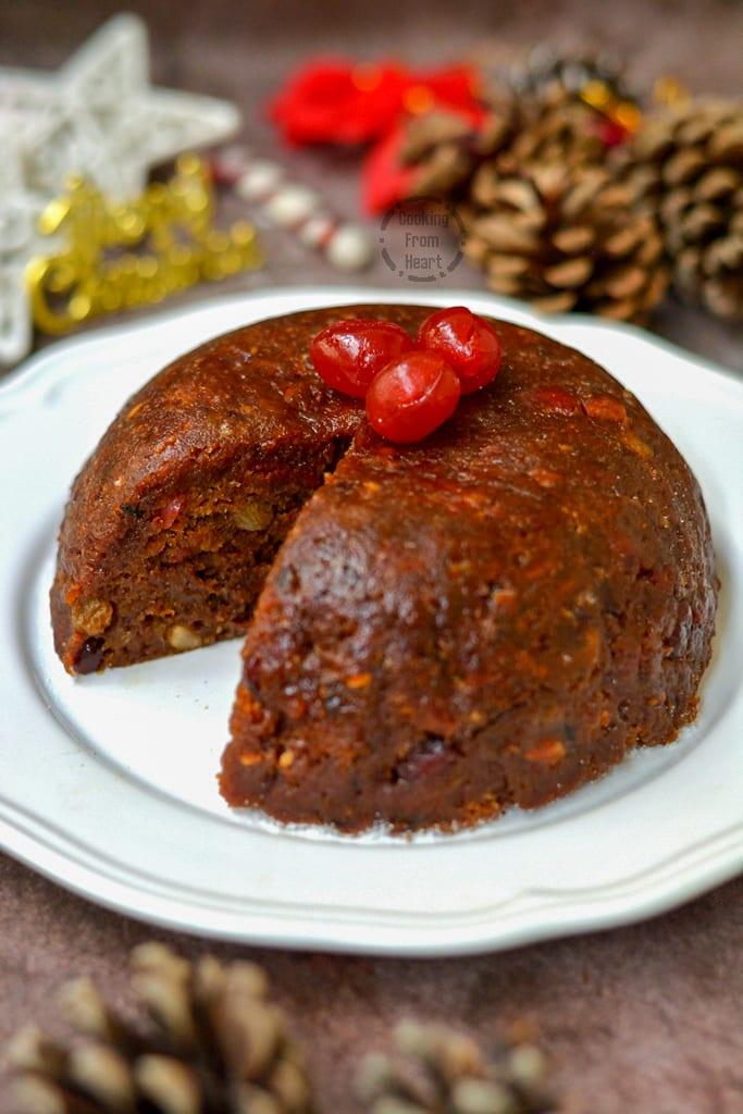 Eggless Steamed Christmas Pudding