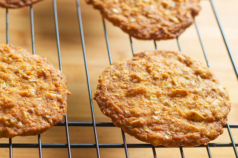 These coconut almond cookies have a delicate coconut and almond flavor that has tons of texture. These cookies have a hint of ginger and molasses.