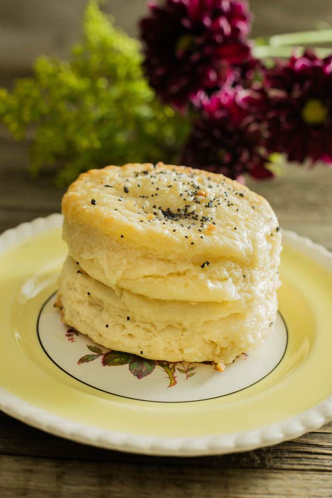 When I say these everything biscuit recipe makes biscuits that are flaky on the outside and light and fluffy on the inside-I mean it.