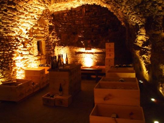 Châteauneuf-du-Pape cave
