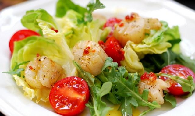 салат гребешками с фото