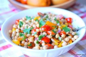 garbanzo pepper tomato salad (11)
