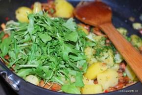 warm shanterelle salad (9)