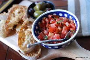 bruschetta with tomato and capers  (12)