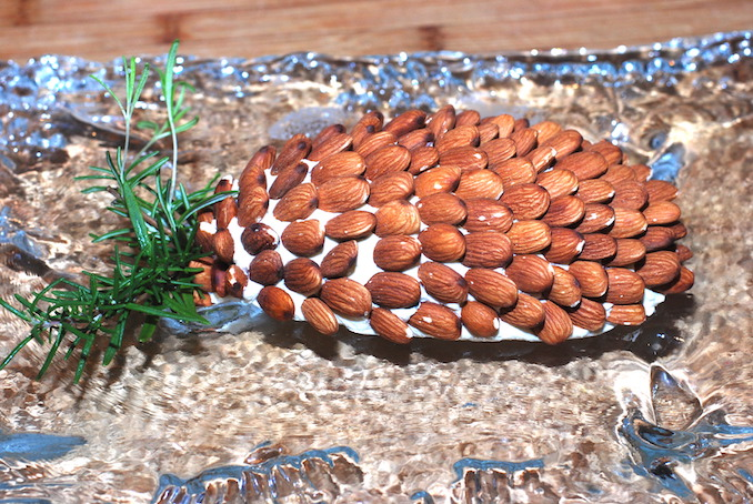 cheese pinecone dip00006