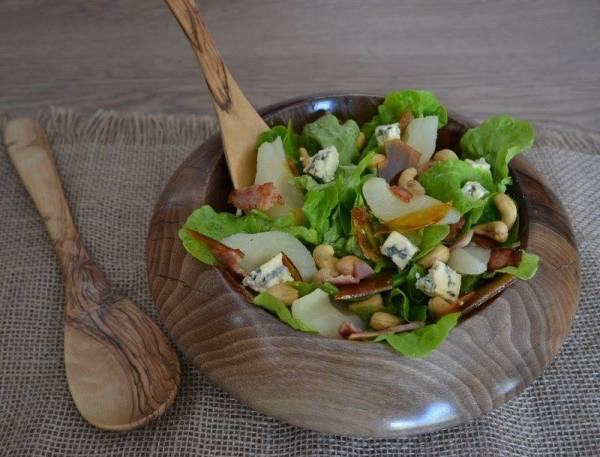 PEAR, BLUE CHEESE, CASHEW NUT, SALTED CARAMEL SALAD