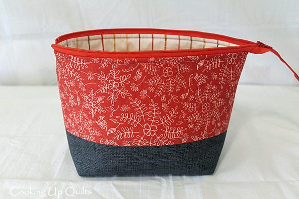 Art Gallery Fabric zipper pouch
