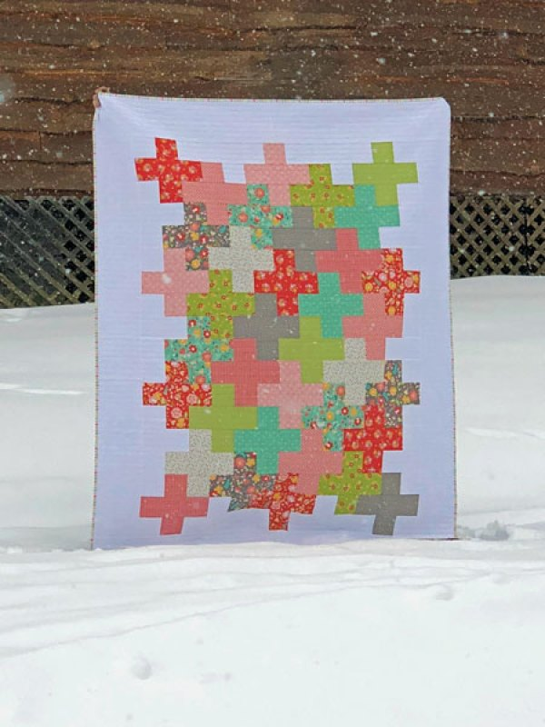 Intertwined Quilt Modern Plus Quilt