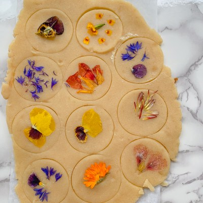 Edible Flowers Shortbread Cookies