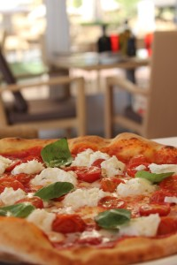 Bufalina Pizza at Rosso, Amwaj Rotana (Low Res)