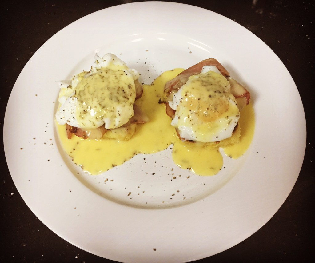 Eggs Benedict by La Serre