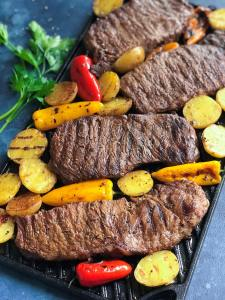 Grilled Teak and Potatoes recipe