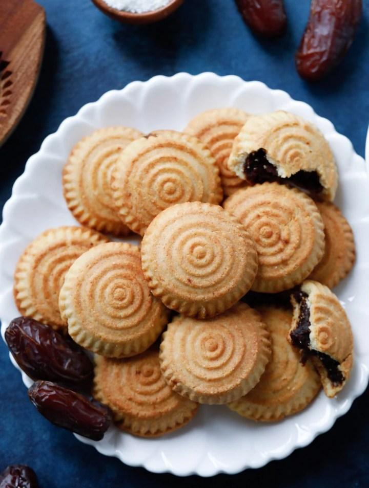 Maamoul Date Cookies (معمول بالتمر)