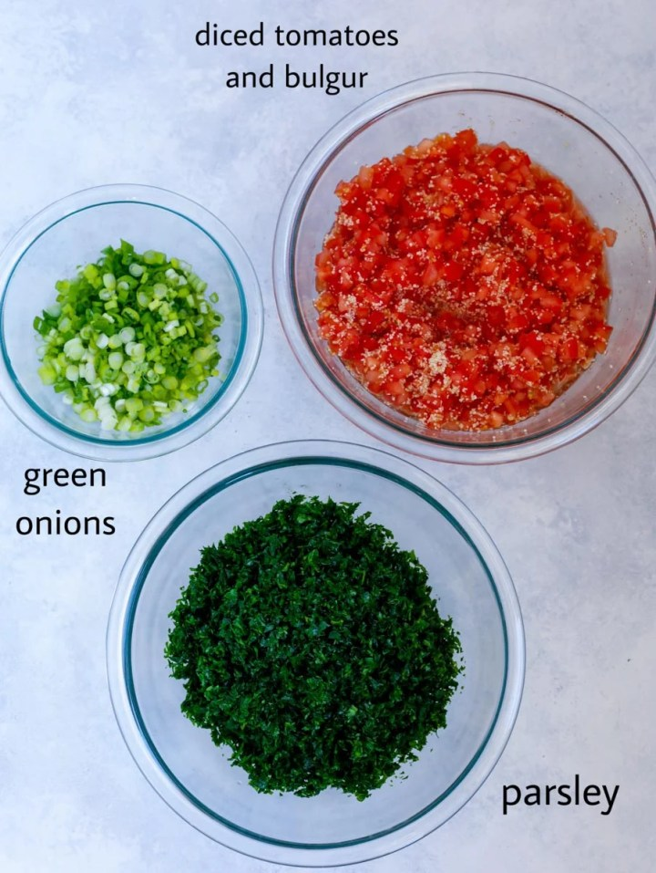 Ingredeints to make the salad in three glass bowls