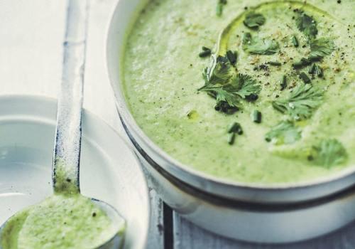 soupe de légume et à la coriandre