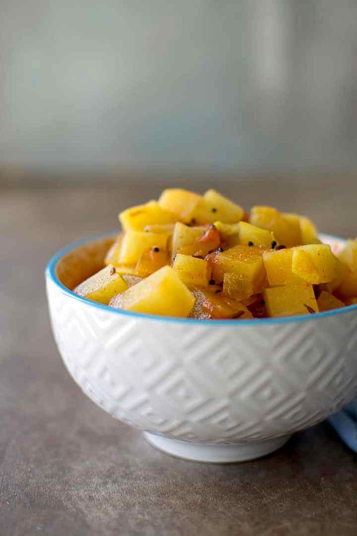 White bowl with kohlrabi curry