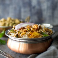 Vegetable Dum Biryani in Slow Cooker