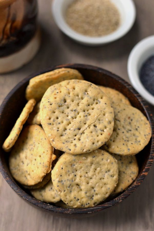Poppy & Sesame Seeds Crackers