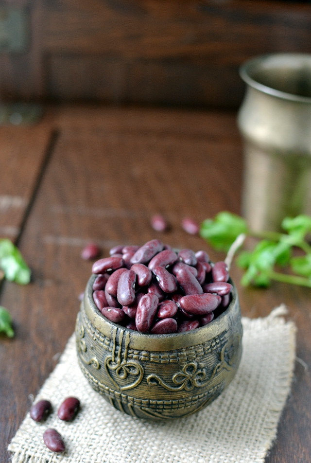 Bowl with dried kidney beans