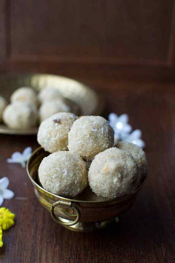 Oats Rava Laddoo