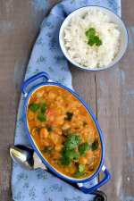 Thai Zucchini Curry with Red Curry Paste