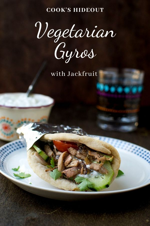 Vegetarian Gyros with jackfruit filling