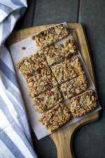 Puffed Wheat, Almond & Coconut Granola Bars