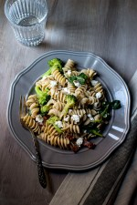 Pasta Salad with Spinach and Goat Cheese