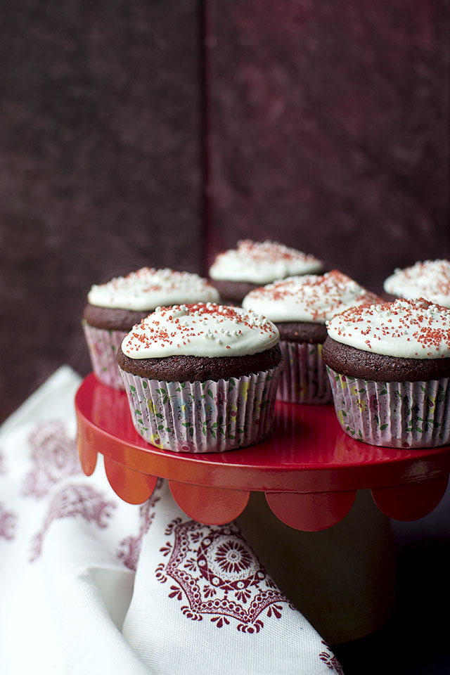 Eggless Red Velvet Cupcakes