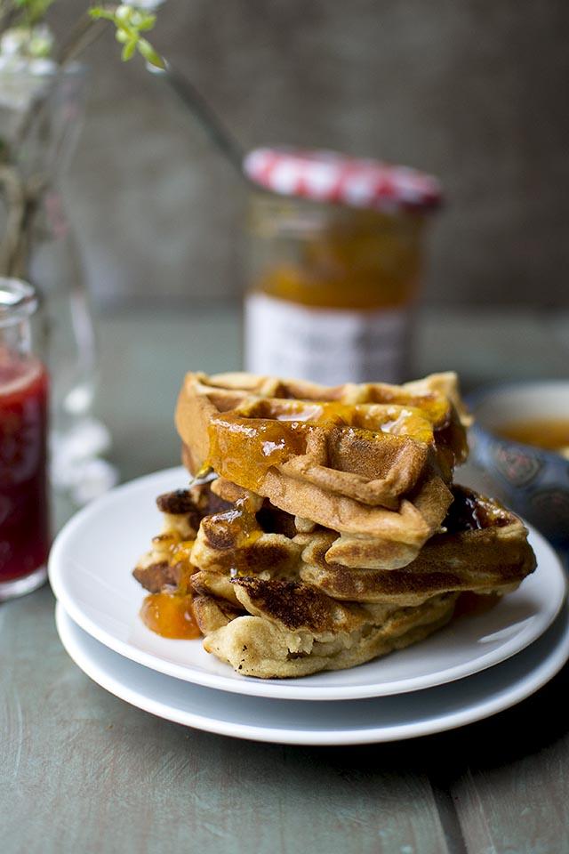 Vegan Almond Waffles