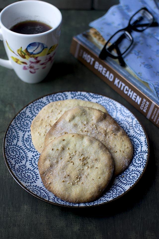 Jewish Egg Cookies