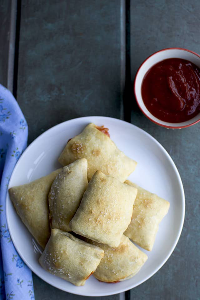 Pizza Pops with Cheese