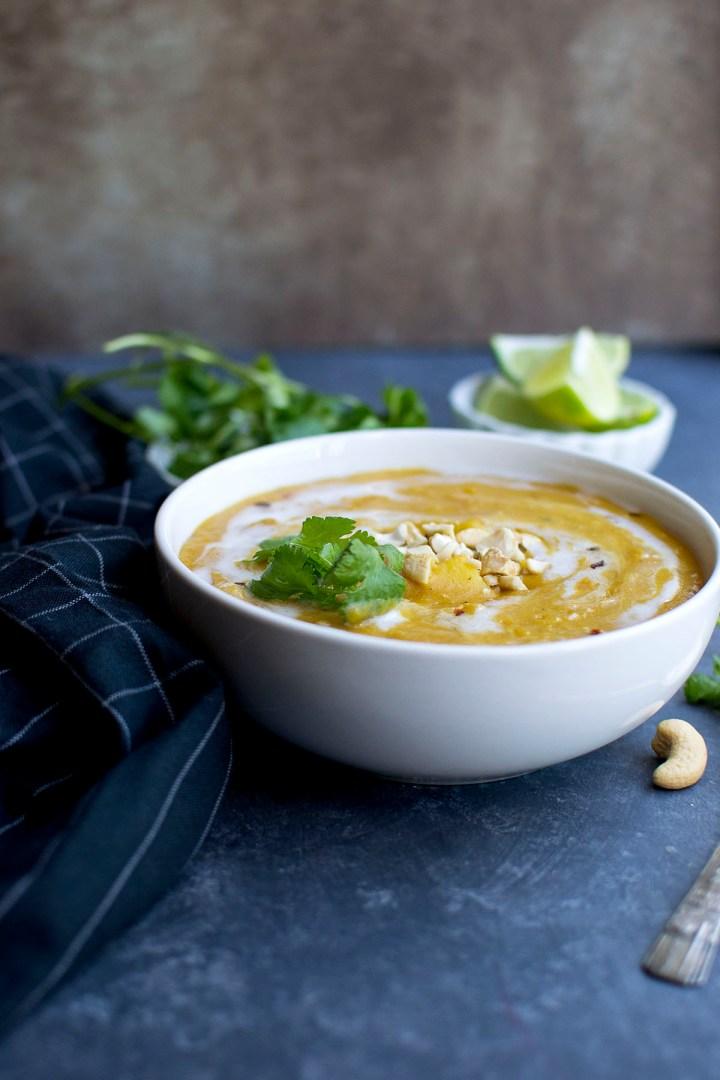 White bowl with mulligatawny soup