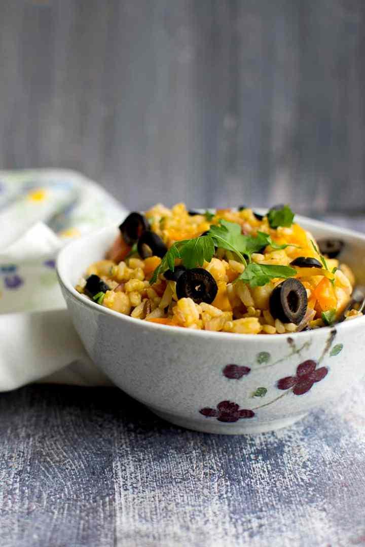 Mediterranean Salad with Mixed grains