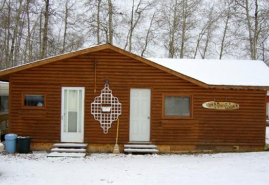 hunting lodge - image