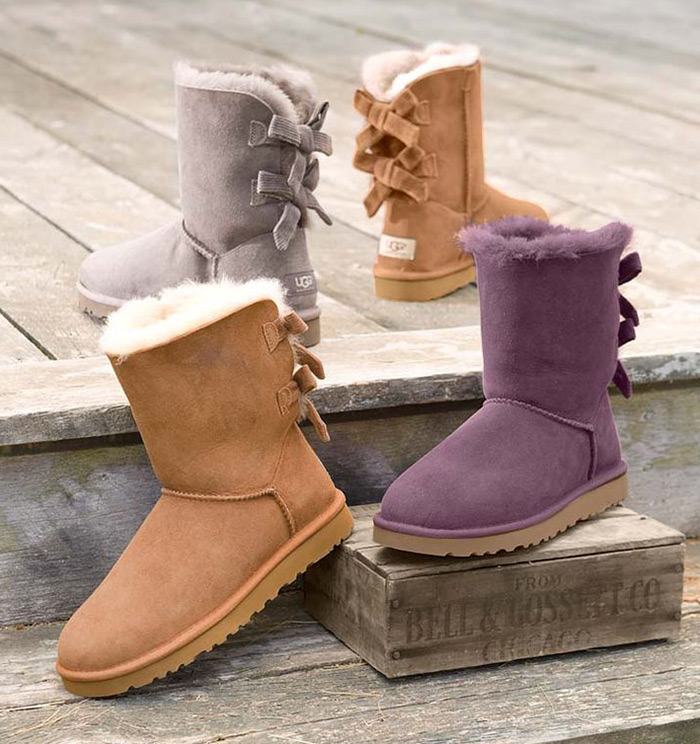 Christmas Boots For Girls.Perfect Christmas Gift For Girls Ugg Boots With A Bow