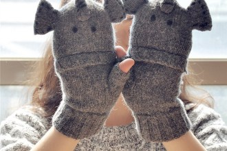 Texting Gloves Are Very Cool Gift For Girls by www.cool-giftideas.com
