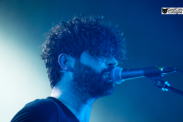 Foals live in Cologne