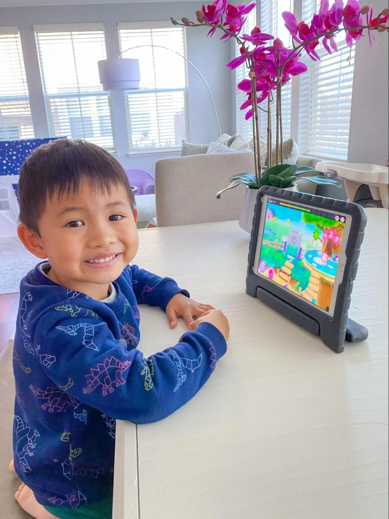Brandon Young recommends SplashLearn for his son.