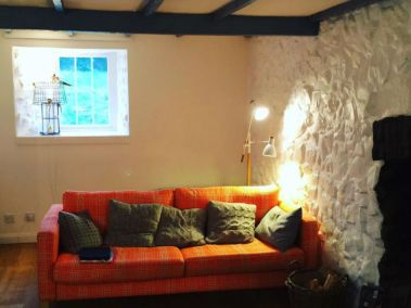 Douglas Cottage Lounge