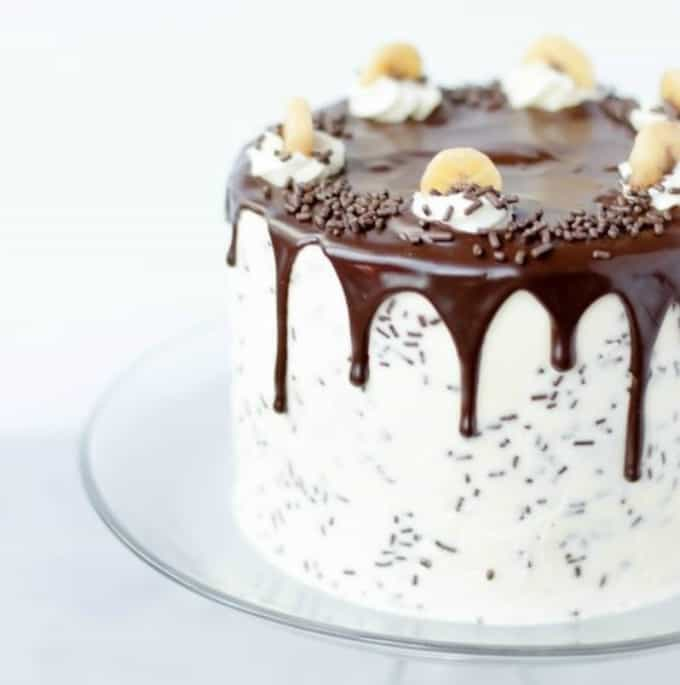 30 Delicious Dripping Cake Ideas Oozing With Icing Cool