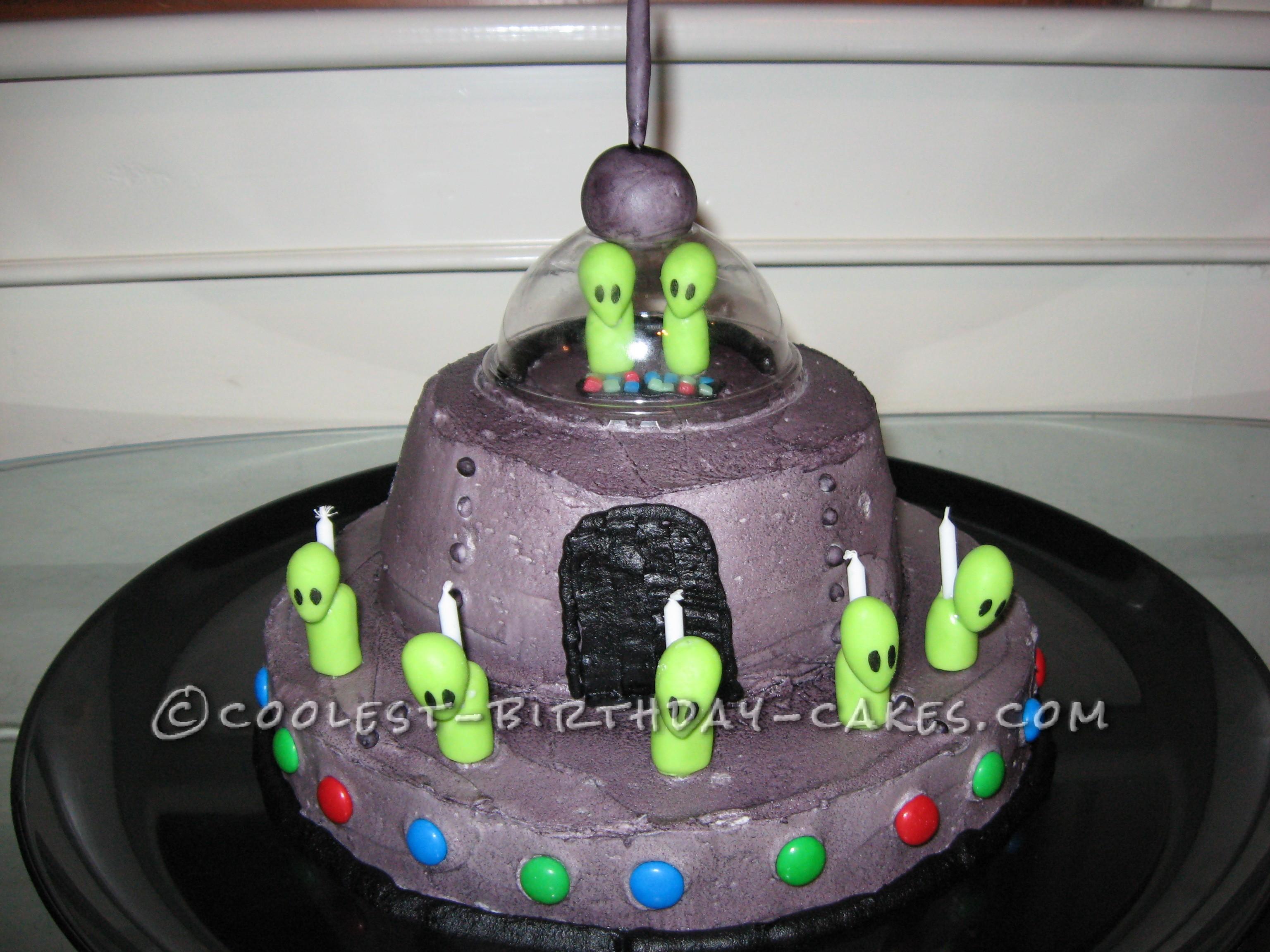 Fun Oozing Ufo Cake