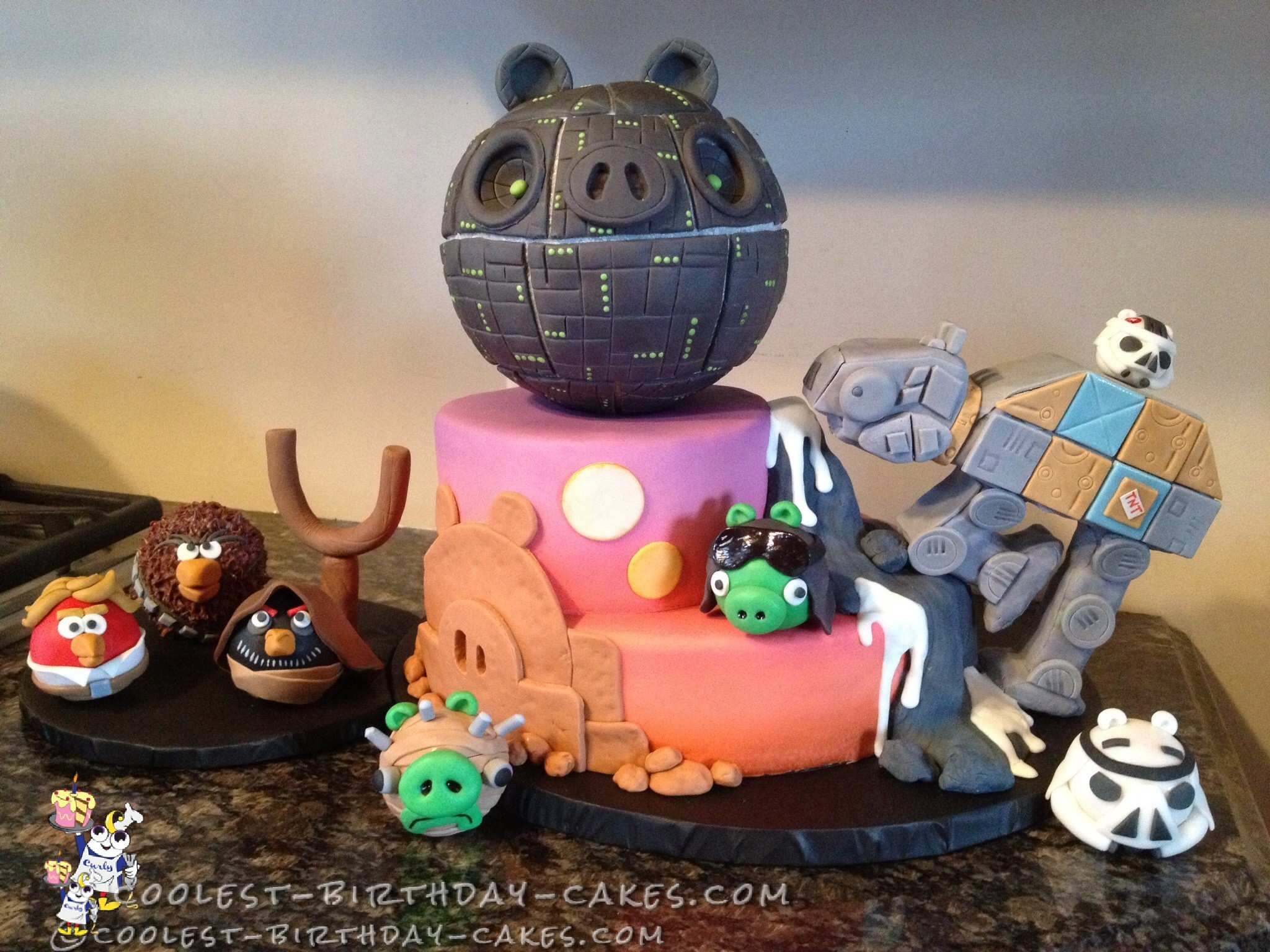 Ultimate Angry Birds Star Wars Cake